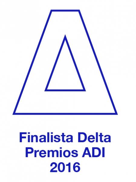 Finalistas de los Premios Delta con 2Sides para LLuria
